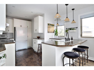 746 Cooper St-MLS_Size-008-6-Kitchen-533x415-72dpi