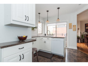 746 Cooper St-MLS_Size-011-8-Kitchen-533x415-72dpi