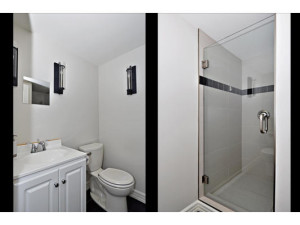 746 Cooper St-MLS_Size-020-21-Main Floor Bathroom-533x415-72dpi