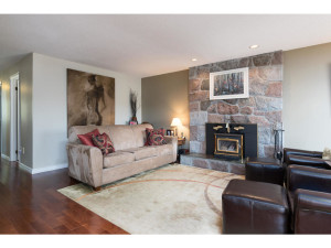 1278 Bayview Dr-MLS_Size-003-4-Living Room-1024x768-72dpi - Copy