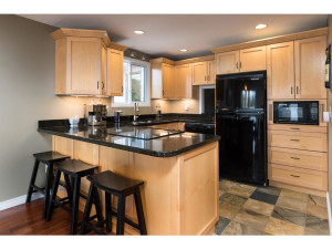 1278 Bayview Dr-MLS_Size-007-15-Kitchen-1024x768-72dpi - Copy