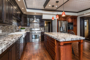 3671 Diamondview Rd-small-008-17-Kitchen-666x444-72dpi