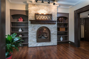 3671 Diamondview Rd-small-014-21-Living Room Fireplace-666x444-72dpi