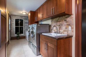 3671 Diamondview Rd-small-019-20-Laundry-666x444-72dpi