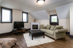 3671 Diamondview Rd-small-026-31-2nd Floor Family Room-666x444-72dpi