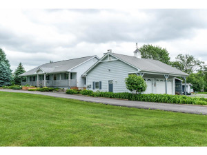 470 Berry Side Rd-MLS_Size-002-46-Exterior Side-1024x768-72dpi