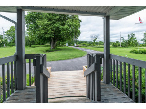 470 Berry Side Rd-MLS_Size-005-42-Front Porch-1024x768-72dpi