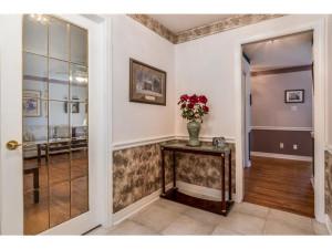 470 Berry Side Rd-MLS_Size-007-21-Foyer-1024x768-72dpi