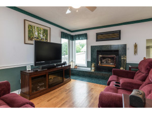 470 Berry Side Rd-MLS_Size-016-18-Family Room-1024x768-72dpi