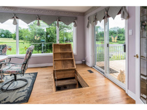 470 Berry Side Rd-MLS_Size-020-30-Stairs to Basement-1024x768-72dpi