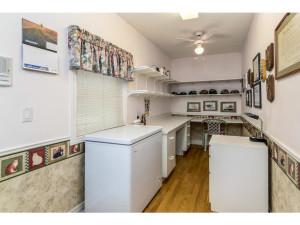 470 Berry Side Rd-MLS_Size-023-39-Office-1024x768-72dpi