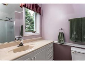 470 Berry Side Rd-MLS_Size-025-24-Master Bedroom Ensuite-1024x768-72dpi