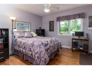 470 Berry Side Rd-MLS_Size-026-22-Bedroom 2-1024x768-72dpi
