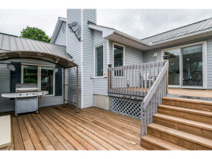 470 Berry Side Rd-MLS_Size-043-33-Deck-1024x768-72dpi