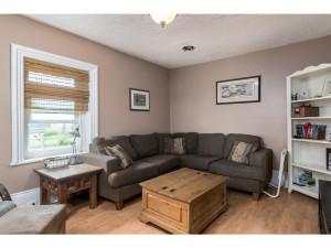 515 Scheel Dr-MLS_Size-005-23-Living Room-1024x768-72dpi - Copy